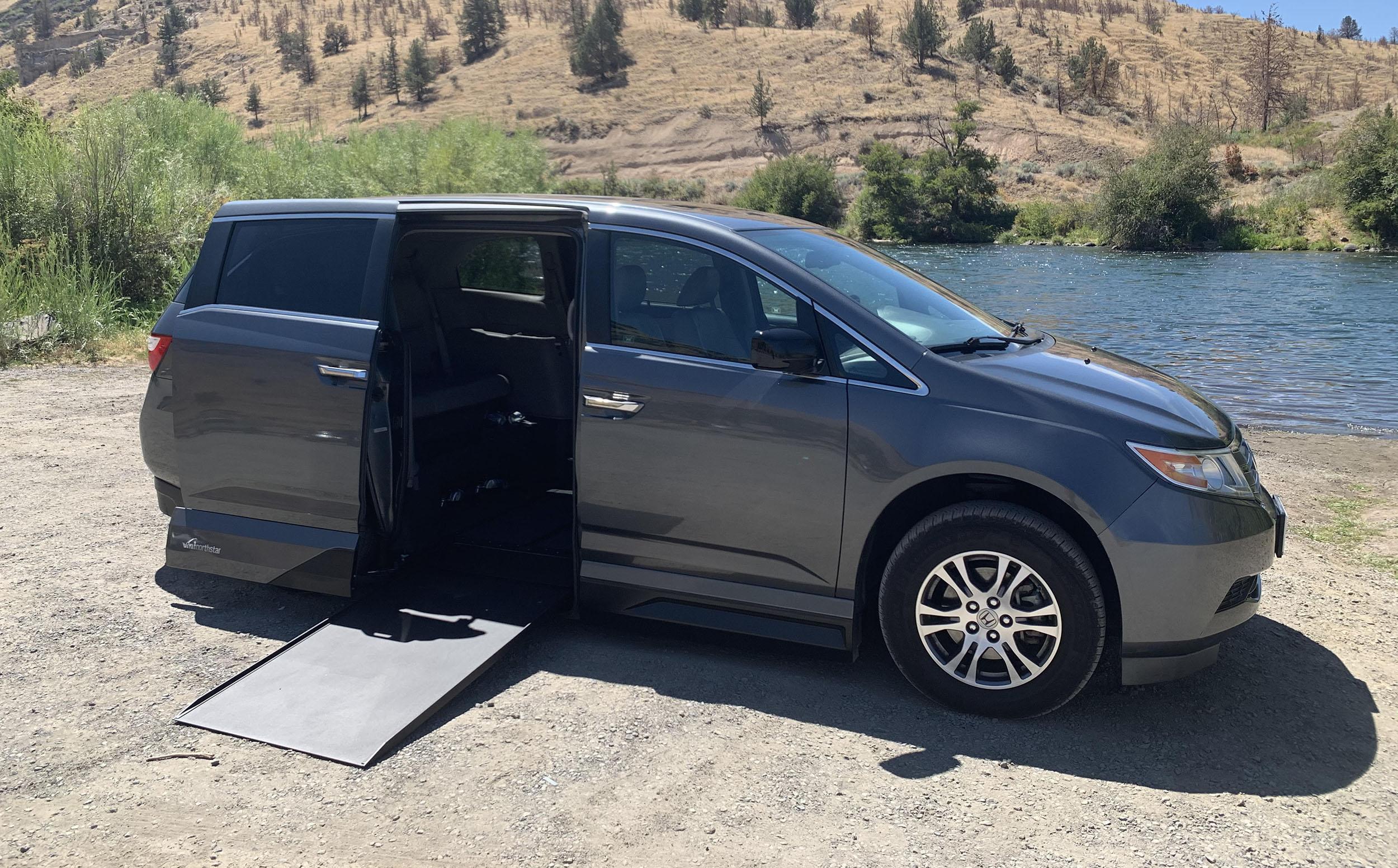 Wheelchair Van - Honda Odyssey - VMI